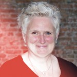Angela Lanser – Administratrice